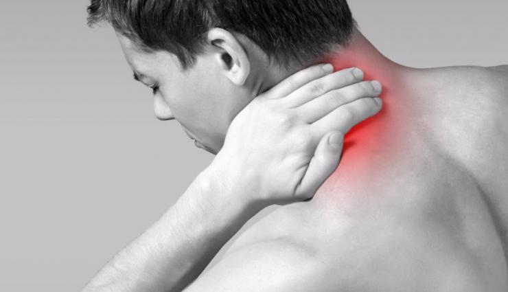 กล้ามเนื้อคอกับอาการปวดคอ