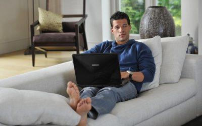 Work From Home (WFH) ยังไงให้ไม่ปวดหลัง