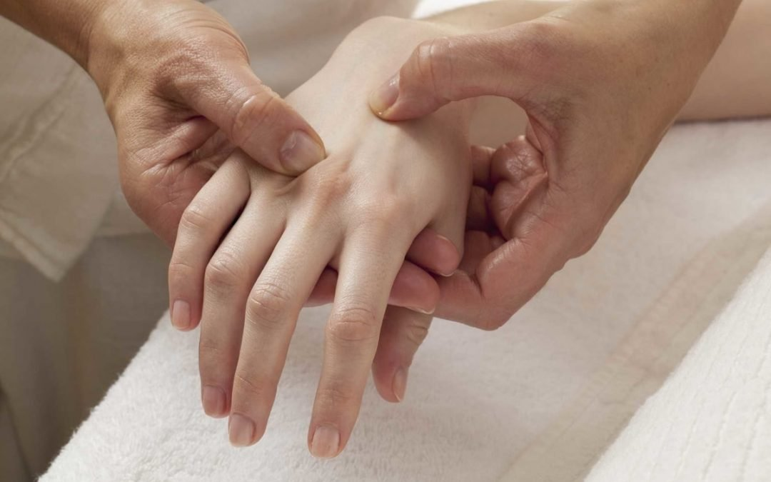 Carpal Tunnel Syndrome: Symptoms, Causes and Treatments